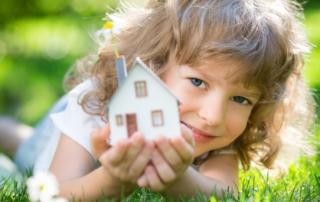 Gracus - Broker budowy domów - Dom i dziecko