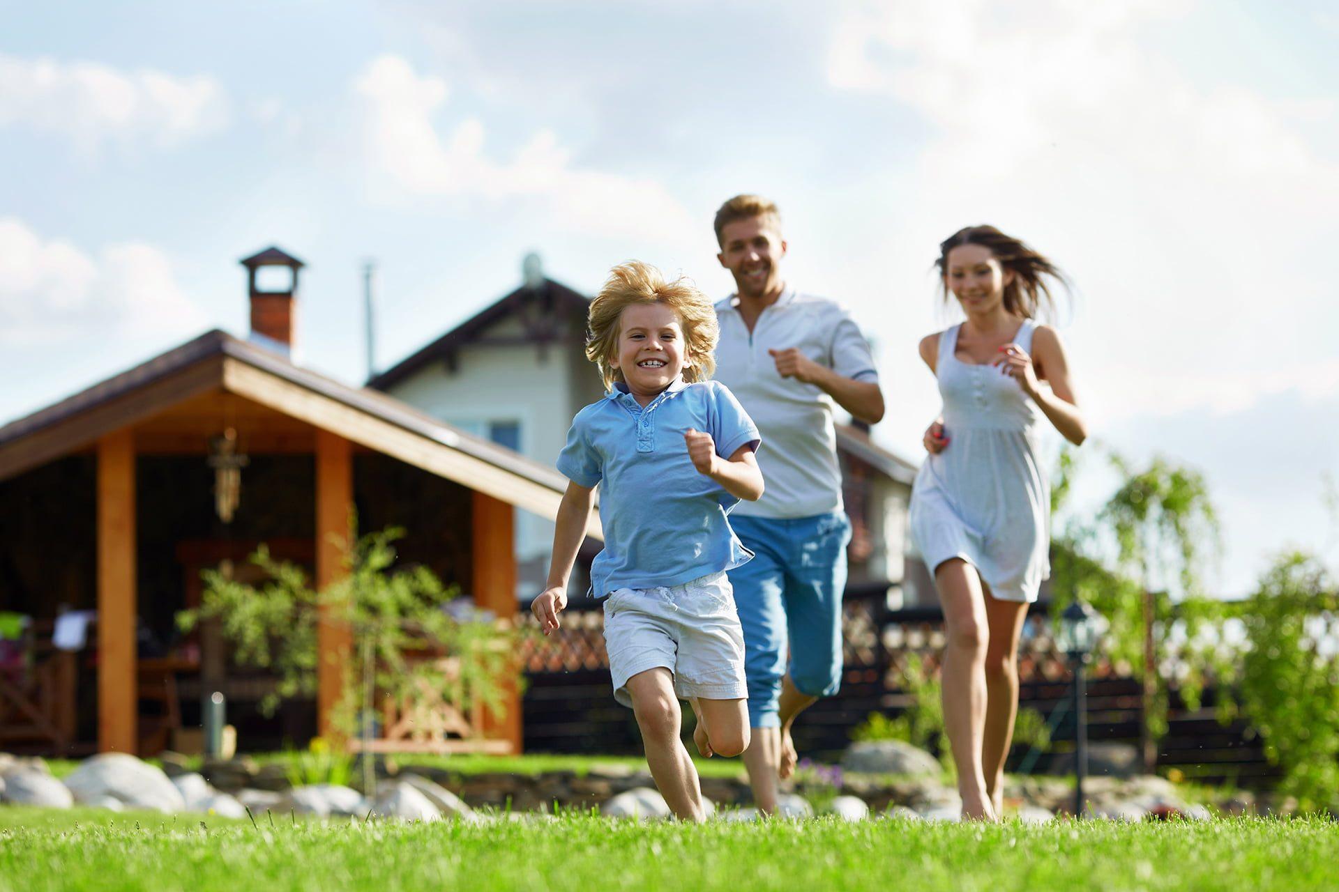 Gracus - Broker budowy domów - Szczęście, radość i bezpieczeństwo dla Twojej rodziny