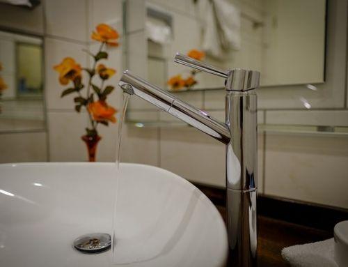 Wyposażenie łazienki – jak wybrać i stworzyć piękne wnętrze?